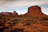 USA, Arizona, Utah; Monument Valley, Navajo Tribal Park, West Mitten Butte, East Mitten Butte, Merrick Butte and Sentinel Mesa