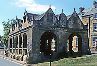 Chipping Campden: Gloucestershire, The Market Hall, 1627. Donated to the town by Sir Baptist Hicks. Photo '05.