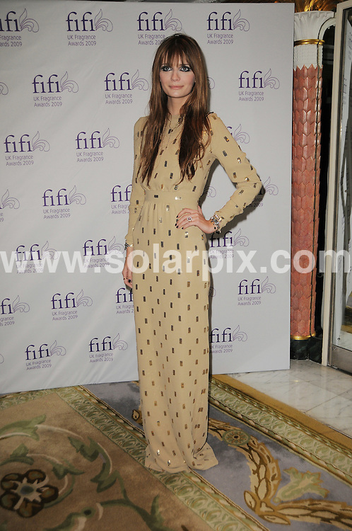 **ALL ROUND PICTURES FROM SOLARPIX.COM**.**WORLDWIDE SYNDICATION RIGHTS**.FiFi Fragrance Awards at the Dorchester Hotel in London, UK. 22 April 2009..This pic: Mischa Barton..JOB REF: 8863 MSR    DATE: 22_04_2009.**MUST CREDIT SOLARPIX.COM OR DOUBLE FEE WILL BE CHARGED**.**ONLINE USAGE FEE GBP 50.00 PER PICTURE - NOTIFICATION OF USAGE TO PHOTO @ SOLARPIX.COM**.**CALL SOLARPIX : +34 952 811 768 or LOW RATE FROM UK 0844 617 7637**