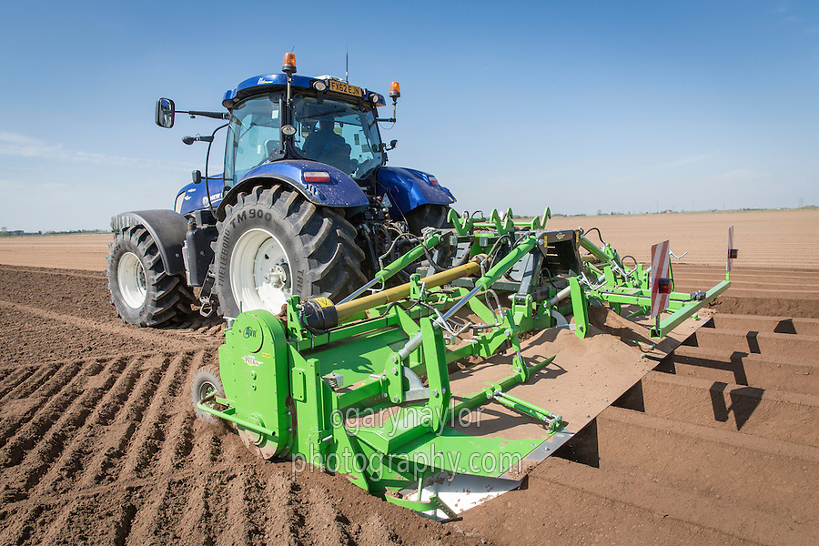 Cultivating for potatoe using a 6m AVR G Force rotary cultivator - Lincolnshire, April