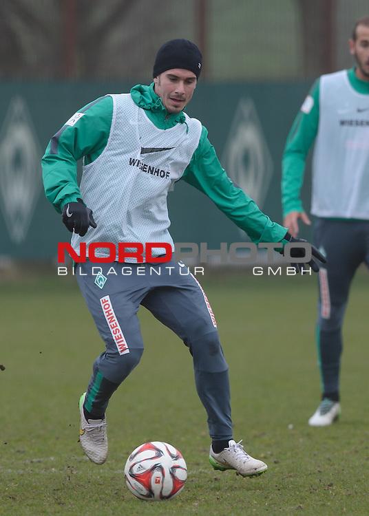 25.03.2015, Trainingsgelaende, Bremen, GER, 1.FBL, Training Werder Bremen, im Bild Fin Bartels (Bremen #22)<br /> <br /> Foto &copy; nordphoto / Frisch