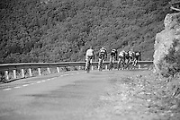 group down the last descent towards the finish <br /> <br /> stage 18: Roa - Riaza (204km)<br /> 2015 Vuelta &agrave; Espana