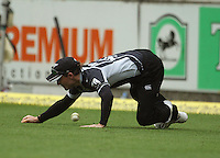 Brendon McCullum misfields, letting through a boundary past his damaged hand during the 2nd ODI cricket match between the New Zealand Black Caps and India at Westpac Stadium, Wellington, New Zealand on Friday, 6 March 2009. Photo: Dave Lintott / lintottphoto.co.nz