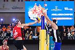 04.01.2019, Den Haag, Sportcampus Zuiderpark<br />Beachvolleyball, FIVB World Tour, 2019 DELA Beach Open<br /><br />Angriff Christian Sorum (#2 NOR) - Block Sven Winter (#2 GER)<br /><br />  Foto © nordphoto / Kurth