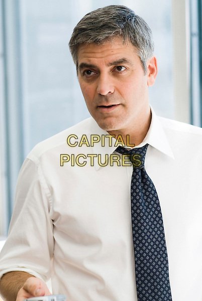 GEORGE CLOONEY .in Michael Clayton .**Filmstill - Editorial Use Only**.CAP/FB.Supplied by Capital Pictures