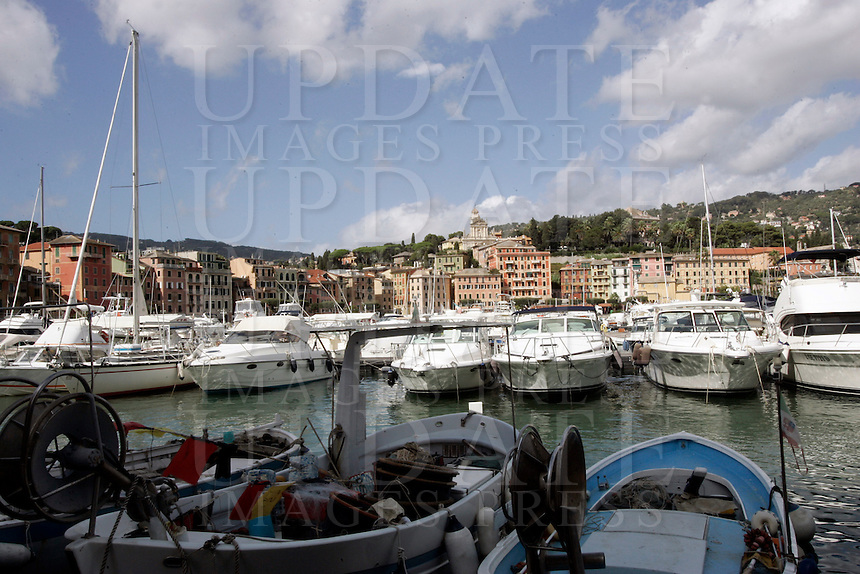 Barche ormeggiate nel porto turistico di Santa Margherita Ligure.<br /> Waterfront of Santa Margherita Ligure.<br /> UPDATE IMAGES PRESS/Riccardo De Luca