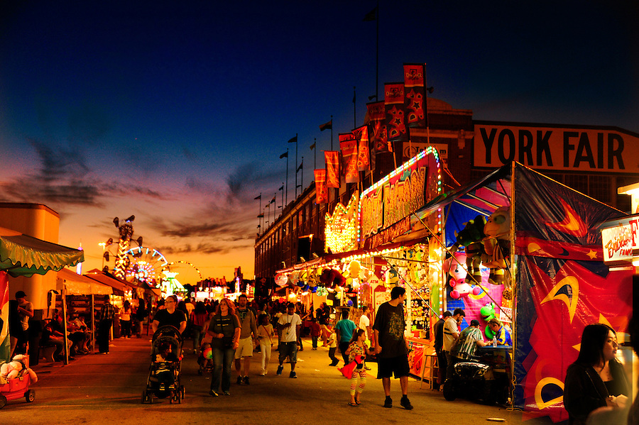 20150920 York County Fair, 250th Anniversary of the oldest county fair in the U.S.Midway with sirius clouds after sunset.