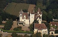 Europe/France/Aquitaine/24/Dordogne/Vallée de la Dordogne/Périgord/Périgord Noir/Env de Sainte-Mondane: Le Château de Fenelon (XVème)  Vue aérienne