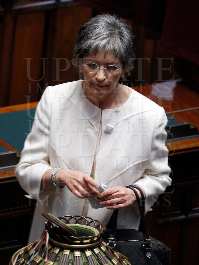 La senatrice del Partito Democratico Anna Finocchiaro vota durante la prima seduta comune di senatori e deputati per l'elezione del nuovo Capo dello Stato alla Camera dei Deputati, Roma, 18 aprile 2013..Italian Democratic Party's senator Anna Finocchiaro votes during the first common plenary session of senators and deputies to elect the new Head of State, at the Lower Chamber in Rome, 18 April 2013..UPDATE IMAGES PRESS/Riccardo De Luca.