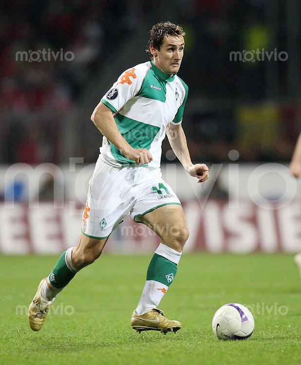 Fussball   UEFA CUP   Saison 2006/2007 Miroslav KLOSE (SV Werder Bremen), Einzelaktion am Ball
