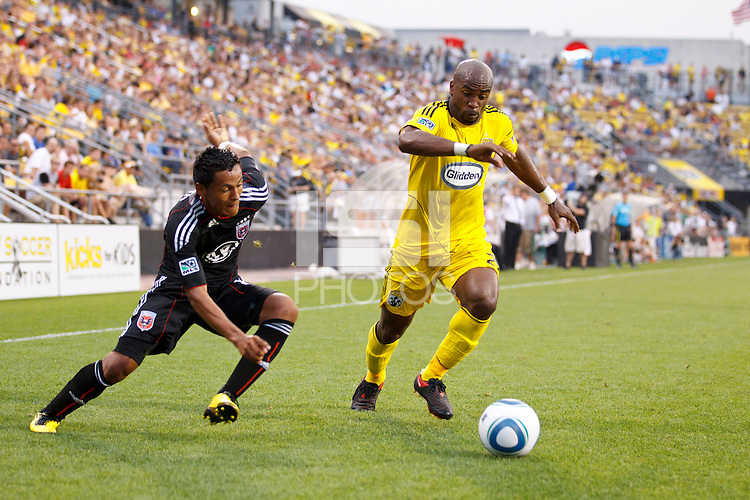 26 JUNE 2010:  Andy Najar #14 of DC United  and Emilio Renteria of the Columbus Crew (20) during MLS soccer game between DC United vs Columbus Crew at Crew Stadium in Columbus, Ohio on May 29, 2010. The Crew defeated DC United 2-0.