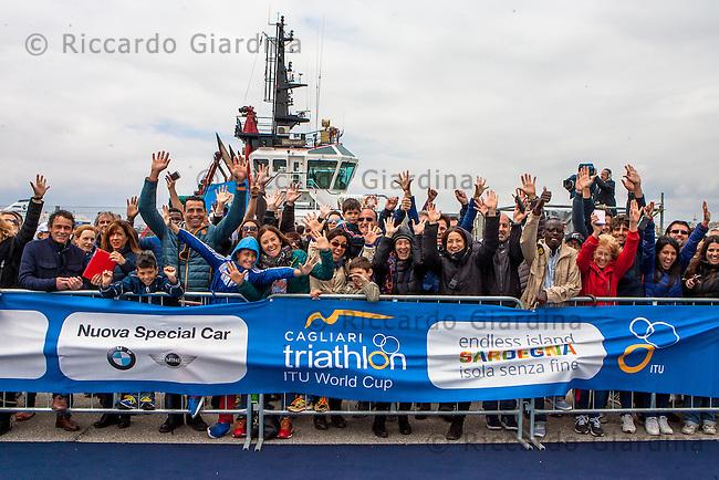 08/05/2016 - Spectators at 2016 Cagliari ITU Triathlon World Cup -