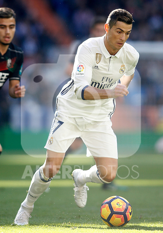 Real Madrid's Cristiano Ronaldo during La Liga match. January 7,2016. (ALTERPHOTOS/Acero)