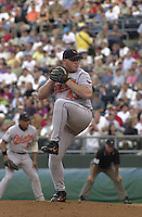 Sidney Ponson starts on the mound for the Baltimore Orioles against the Royals at Kauffman Stadium in Kansas City, Missouri on August 9, 2001.  The Royals won 6-4.