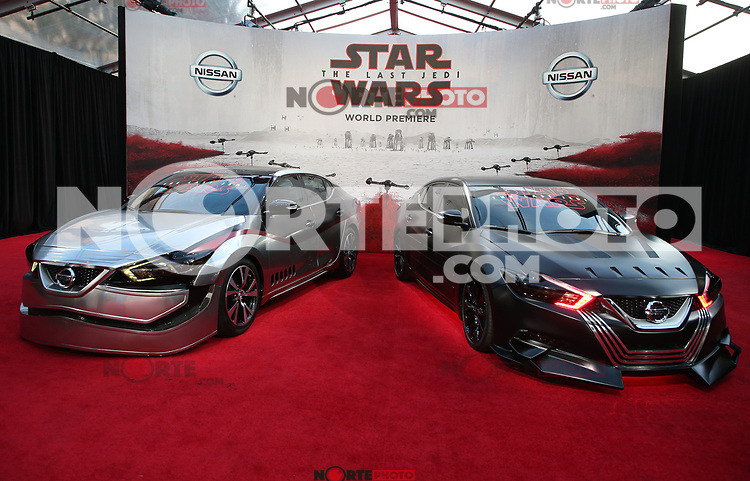 LOS ANGELES, CA - DECEMBER 9: Atmosphere, at Premiere Of Disney Pictures And Lucasfilm's 'Star Wars: The Last Jedi' at Shrine Auditorium in Los Angeles, California on December 9, 2017. Credit: Faye Sadou/MediaPunch /NortePhoto.com NORTEPHOTOMEXICO