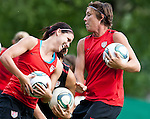 15.06.2011, Steinbergstadion, Leogang, AUT, FIFA WOMENS WORLDCUP 2011, PREPERATION, USA, im Bild Alex Morgan, (USA, #13), Abby Wambach, (USA, #20) während eines Trainings zur Vorbereitung auf die FIFA Damen Fussball Weltmeisterschaft 2011 in Deutschland // during a Trainingssession for the FIFA Women´s Worldcup 2011 in Germany, on 2011/06/15, Steinberg Stadium, Leogang, Austria, EXPA Pictures © 2011, PhotoCredit: EXPA/ J. Feichter