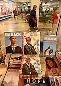 """Kaneohe, HI - December 31, 2009 -- Book display at Border Bookstore in Kaneohe, Hawaii, Thursday, December 31, 2009. United States President Barack Obama and his family are visiting the Windward Mall watching """"Avatar"""", the movie, Kaneohe, Hawaii, Thursday, December 31, 2009. .Credit: Cory Lum / Pool via CNP"""