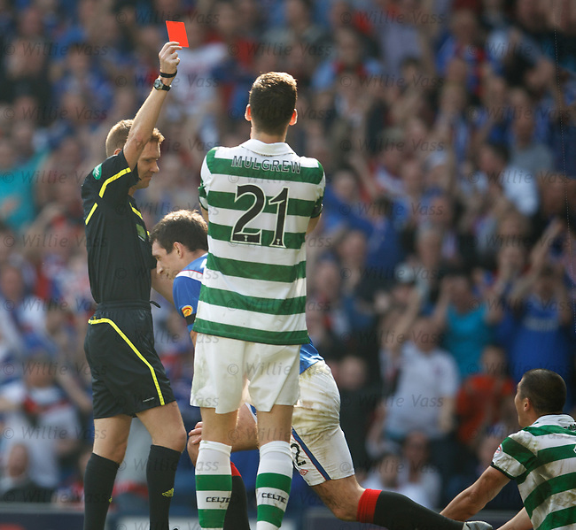 Cha-Du-Ri gets a straight red card after his tackle on Lee Wallace
