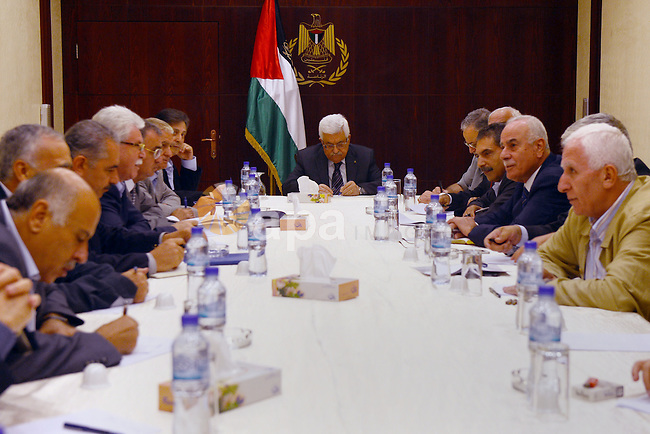Palestinian President Mahmoud Abbas (Abu Mazen) meets with Members of the Central Committee of Fatah in the West Bank city of Ramallah on August 25, 2013. Photo by Thaer Ganaim