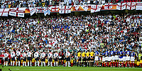 England and France team line up prior to the European Championship football match between France and England. France won 2-1 over England <br /> Lisbon 13/6/2004 Estadio da Luz <br /> Photo Andrea Staccioli Insidefoto