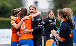 BLOEMENDAAL - keeper Danique Visser (Bl'daal)   na de  2e play out wedstrijd tussen Bloemendaal-HGC dames (2-0). COPYRIGHT KOEN SUYK