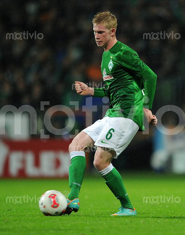 USSBALL   1. BUNDESLIGA    SAISON 2012/2013    10. Spieltag   Werder Bremen - FSV Mainz 05                             04.11.2012 Kevin De Bruyne (SV Werder Bremen) Einzelaktion am Ball