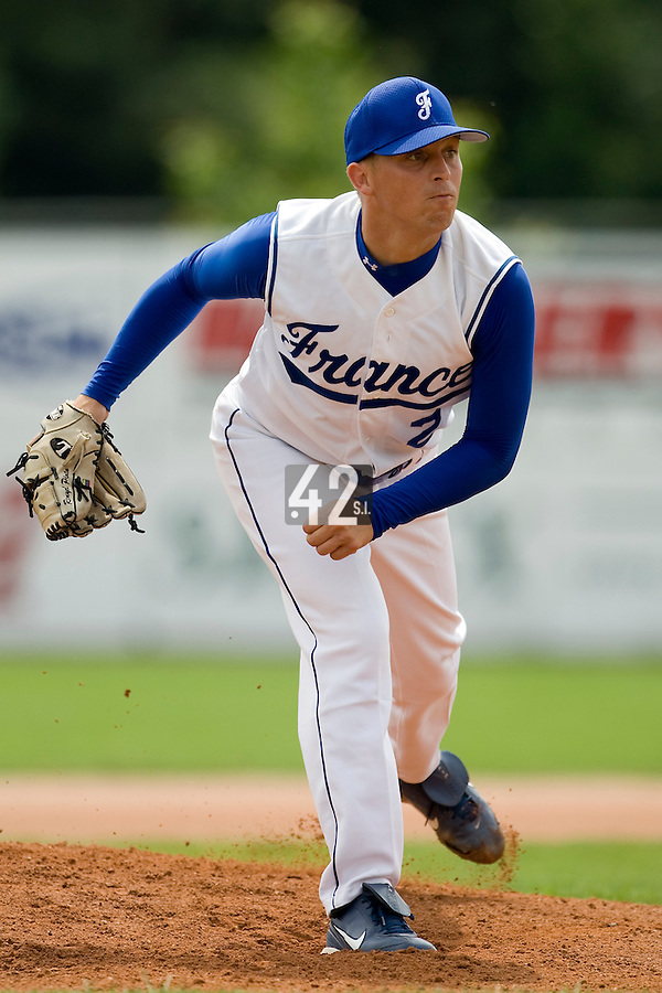 BASEBALL - GREEN ROLLER PARK - PRAGUE (CZECH REPUBLIC) - 24/06/2008 - PHOTO: CHRISTOPHE ELISE.PITCHER GIOVANNI OUIN (TEAM FRANCE)