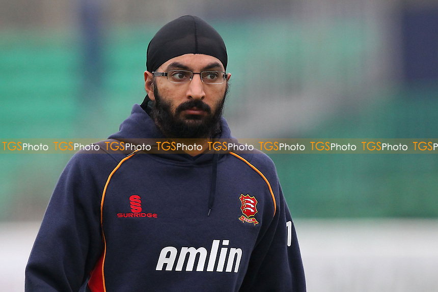 Monty Panesar of Essex during the warm up - Essex CCC vs Kent CCC - Pre-Season Friendly Cricket Match at the Essex County Ground, Chelmsford - 04/04/14 - MANDATORY CREDIT: Gavin Ellis/TGSPHOTO - Self billing applies where appropriate - 0845 094 6026 - contact@tgsphoto.co.uk - NO UNPAID USE
