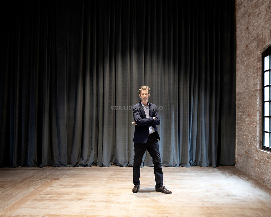 The Venice Biennale announced that Ralph Rugoff, director of London's Hayward Gallery since 2006, will be curator of the 58th Venice Biennale, in 2019.<br />A prolific writer about art for numerous publications, Rugoff was also the artistic director of the 13th Biennale de Lyon in 2015.Prior to the Hayward, he spent six years as director of CCA Wattis Institute, at the California College of the Arts in San Francisco. Before joining the CCA, he had been an independent curator since the early 1990s.<br />Ralph Rugoff confirms the Biennale's primary goal, to qualify the exhibition as a place of encounter between the visitors, the art, and the artists. An exhibition engaging the viewers directly with the artworks in such a way that memory, the unexpected, the possible provocation, the new and the different can stimulate their visions, their minds and their emotions, and offer them the opportunity for a direct experience.