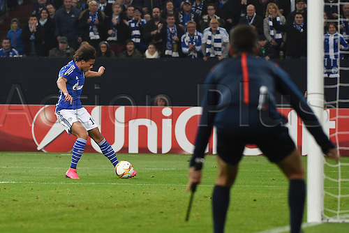 22.10.2015. Gelsenkirchen, Germany. UEFA Europa League football. FC Schalke versus Sparta Prague.  Leroy Sane (FC Schalke 04) Goal scored for 2:2