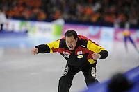 SCHAATSEN: HEERENVEEN: Thialf, Essent ISU World Cup, 03-03-2012, 10k Men, coach Marc Otter (BEL), ©foto: Martin de Jong