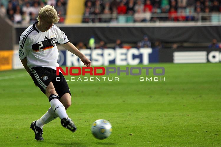 UEFA U21 Europameisterschaft / EM Europeen Championship Under 21 2009 Schweden / Sweden - GŲteborg / Gothenborg 15.06.2009 Group B - Matchday 1 Gamla Ullevi Stadion<br /> <br /> Match 2: Spanien / Spain (ESP) vs. Deutschland / Germany (GER) 0:0 (0:0)<br /> <br /> Andreas Beck (GER U21 TSG 1899 Hoffenheim #2).<br /> <br /> Foto &copy; nph ( nordphoto ) *** Local Caption *** *** Local Caption *** <br /> Fotos sind ohne vorherigen schriftliche Zustimmung ausschliesslich fŁr redaktionelle Publikationszwecke zu verwenden.<br /> <br /> Auf Anfrage in hoeherer Qualitaet/Aufloesung