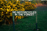 AT5BP9 Sign saying No Motorcycles in the Forest, Rendlesham forest, Suffolk, England