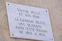 Europe/France/Corse/2B/Haute-Corse/Cap Corse/Bastia: La citadelle - Détail de la plaque de la maison où vécut Victor Hugo