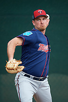 Minnesota Twins pitcher Zach Duke (32) throws in the bullpen during a Spring Training practice on February 21, 2018 at Hammond Stadium at CenturyLink Sports Complex in Fort Myers, Florida.  (Mike Janes/Four Seam Images)
