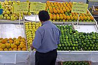 Mercado de Pinheiros. São Paulo. 2007. Foto de Juca Martins.