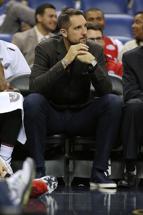 NEW ORLEANS, LA - MARCH 26: Injured Ryan Anderson #33 of the New Orleans Pelicans sits on the bench during a game at the Smoothie King Center on March 26, 2016 in New Orleans, Louisiana. NOTE TO USER: User expressly acknowledges and agrees that, by downloading and or using this photograph, User is consenting to the terms and conditions of the Getty Images License Agreement.  (Photo by Jonathan Bachman/Getty Images)