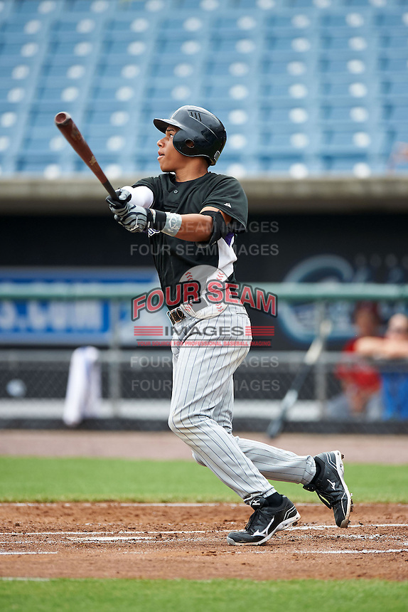 Jan Hernandez #11 of Carlos Beltran Baseball Academy in San Lorenzo, Puerto Rico playing for the Colorado Rockies scout team during the East Coast Pro Showcase at Alliance Bank Stadium on August 1, 2012 in Syracuse, New York.  (Mike Janes/Four Seam Images)