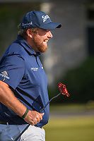 Shane Lowry (IRL) shares a laugh on the practice green before Round 3 of the Zurich Classic of New Orl, TPC Louisiana, Avondale, Louisiana, USA. 4/28/2018.<br /> Picture: Golffile | Ken Murray<br /> <br /> <br /> All photo usage must carry mandatory copyright credit (&copy; Golffile | Ken Murray)