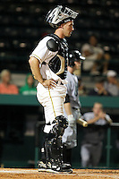 April 21, 2010 Catcher Eric Fryer of the Bradenton Marauders, Florida State League Class-A affiliate of the Pittsburgh Pirates, during a game at McKenhnie Field in Bradenton Fl. Photo by: Mark LoMoglio/Four Seam Images