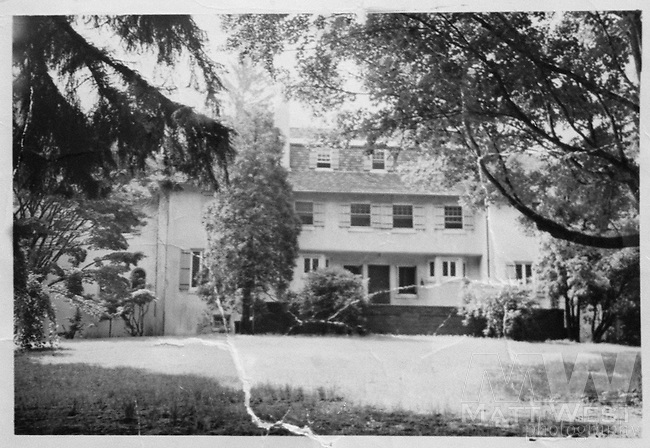 10/23/1998 The Moxley residence in 1975 in Bellehaven section of Greenwich CT. (family photo)