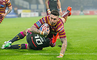 Picture by Allan McKenzie/SWpix.com - 15/03/2018 - Rugby League - Betfred Super League - Huddersfield Giants v Hull KR - John Smith's Stadium, Huddersfield, England - Huddersfield's Oliver Roberts touches down for a try against Hull KR.
