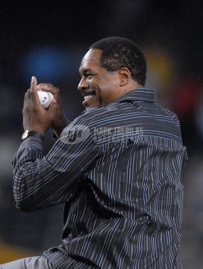 Apr 11, 2007; Phoenix, AZ, USA; Dave Winfield former baseball player throws out the first pitch before the Arizona Diamondbacks against the Cincinnati Reds game at Chase Field in Phoenix, AZ. Mandatory Credit: Mark J. Rebilas