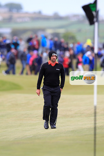 John PARRY (ENG) walks to the 18th green during Saturday's Round 3 of the 2015 Dubai Duty Free Irish Open, Royal County Down Golf Club, Newcastle Co Down, Northern Ireland 5/30/2015<br /> Picture Eoin Clarke, www.golffile.ie