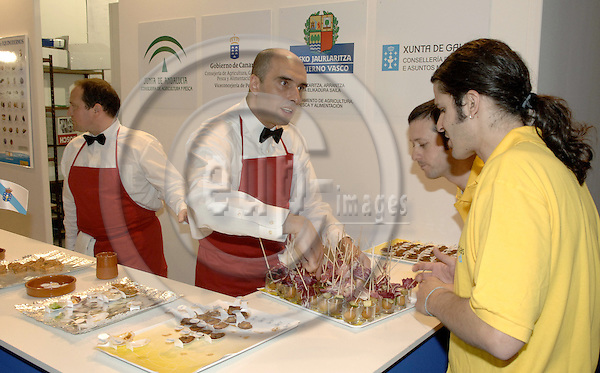 Brussels-Belgium - 10 May 2006---The Spanish autonomous Regions of Andalucia, Canarias, Pais Vasco and Galicia particpate at ESE 2006 (European Seafood Exposition) at Heizel/Heysel Expo; here, they jointly offer typical fish tapas---Photo: Horst Wagner/eup-images