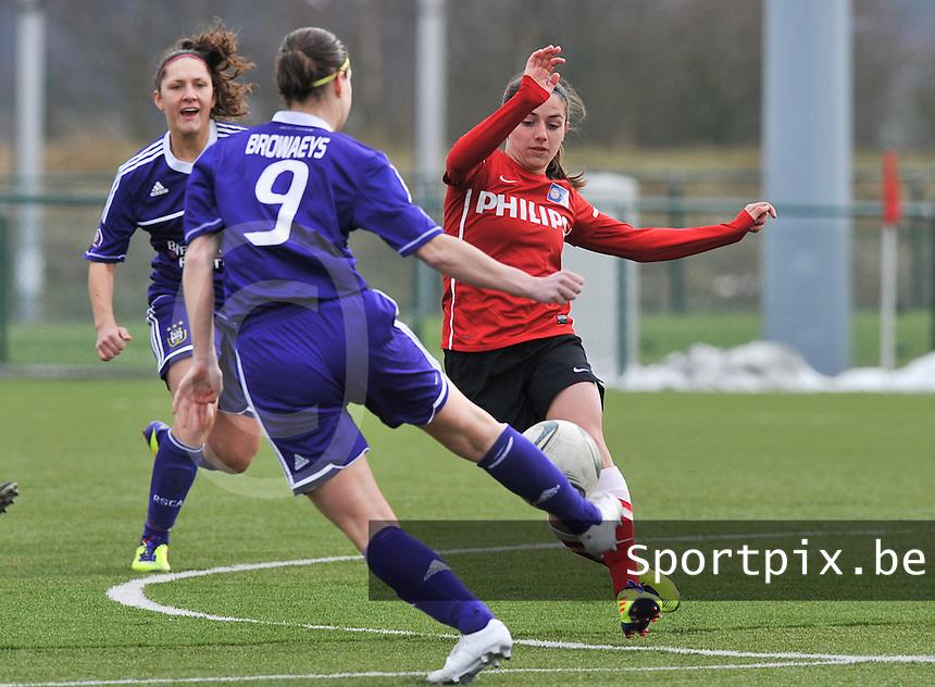 RSC Anderlecht Dames - PSV / FC Eindhoven : Danielle van de Donk in duel (rechts).foto David Catry / Vrouwenteam.be