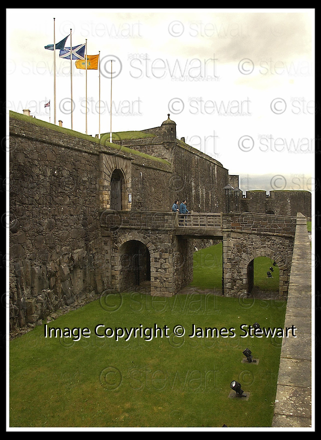 13/05/2002                   Collect Pic : James Stewart.File Name : stewart-stirling castle 01.THE DRAWBRIDGE AT STIRLING CASTLE........Payments to :-.James Stewart Photo Agency, 19 Carronlea Drive, Falkirk. FK2 8DN      Vat Reg No. 607 6932 25.Office     : +44 (0)1324 570906     .Mobile  : +44 (0)7721 416997.Fax         :  +44 (0)1324 570906.E-mail  :  jim@jspa.co.uk.If you require further information then contact Jim Stewart on any of the numbers above.........