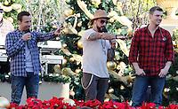 11 NOVEMBRE 2012 - LOS ANGELES - ETATS-UNIS -    HOWIE DOROUGH AJ MCCLEAN A.J. MCCLEAN ET NICK CARTER EN REPETITION POUR LEUR PERFORMANCE LORS DE L'ILLUMINATION DE L' ARBRE DE NOEL DE THE GROVE (KDENA/NortePhoto)