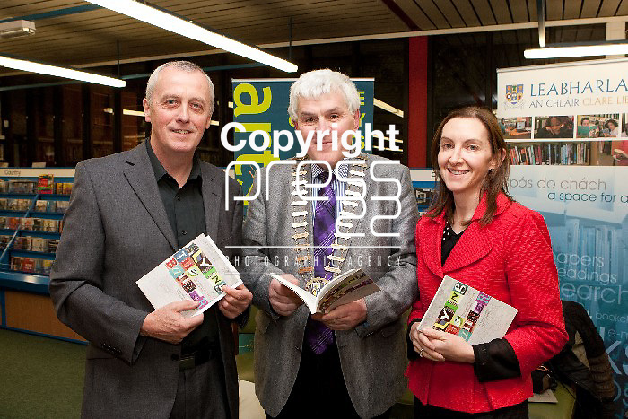 Pictured at the Launch of Flying the Banner Book in the De Valera Library Ennis were, Re O Laighleis, Mayor of Ennis Cllr Par Daly & Helen Walsh, Clare County Librarian. Pictured Credit Brian Gavin Press 22