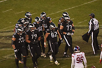 Huddle der Philadelphia Eagles - 09.12.2019: Philadelphia Eagles vs. New York Giants, Monday Night Football, Lincoln Financial Field
